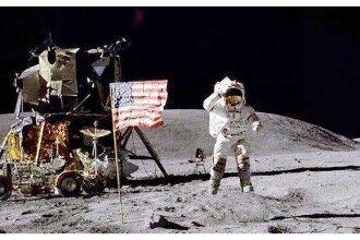 美国登月照片是假的